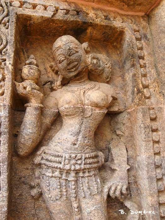 Détail sculpture de femme