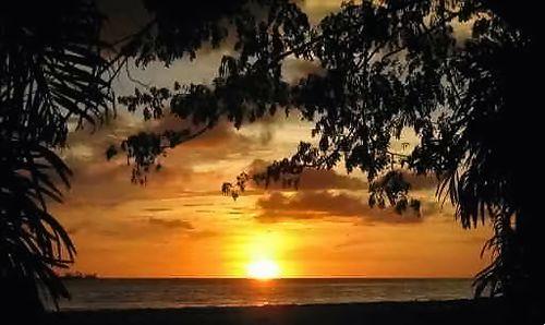 coucher de soleil à Bintulu