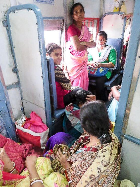 Train Burwan 3