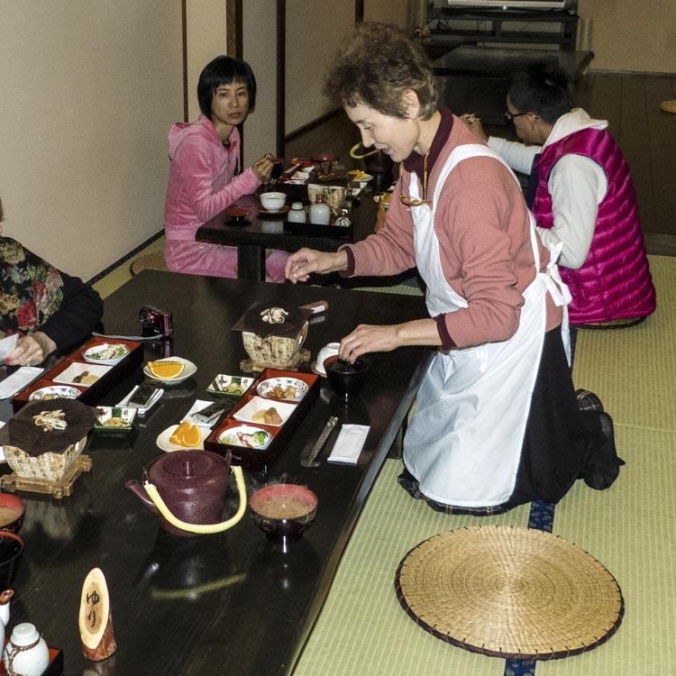 repas Takayama