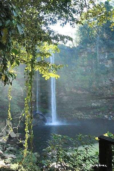 Cascade de Miso-Ha