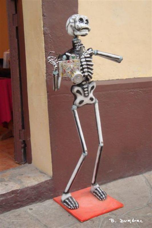 Squelette bizarre