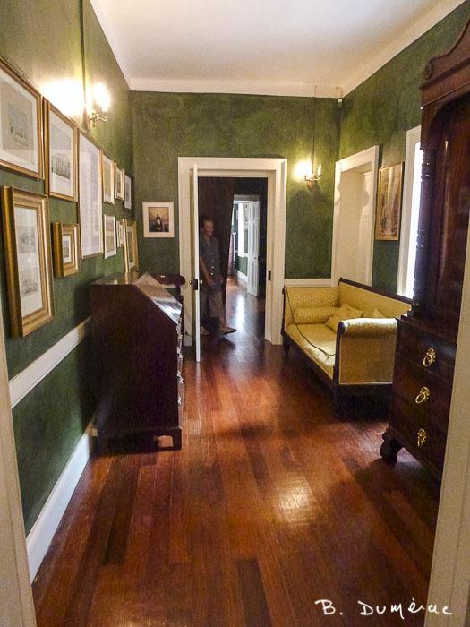 Vestibule Longwood