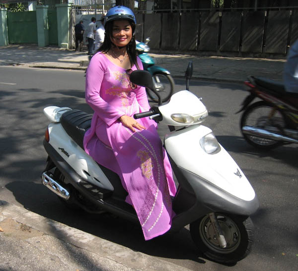 belle à moto Saigon