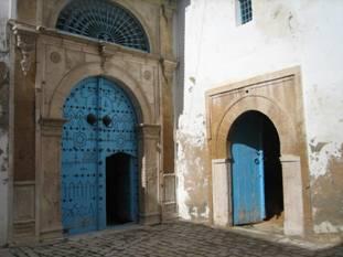 porte Tunis